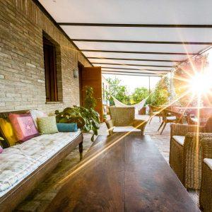 La veranda all'alba