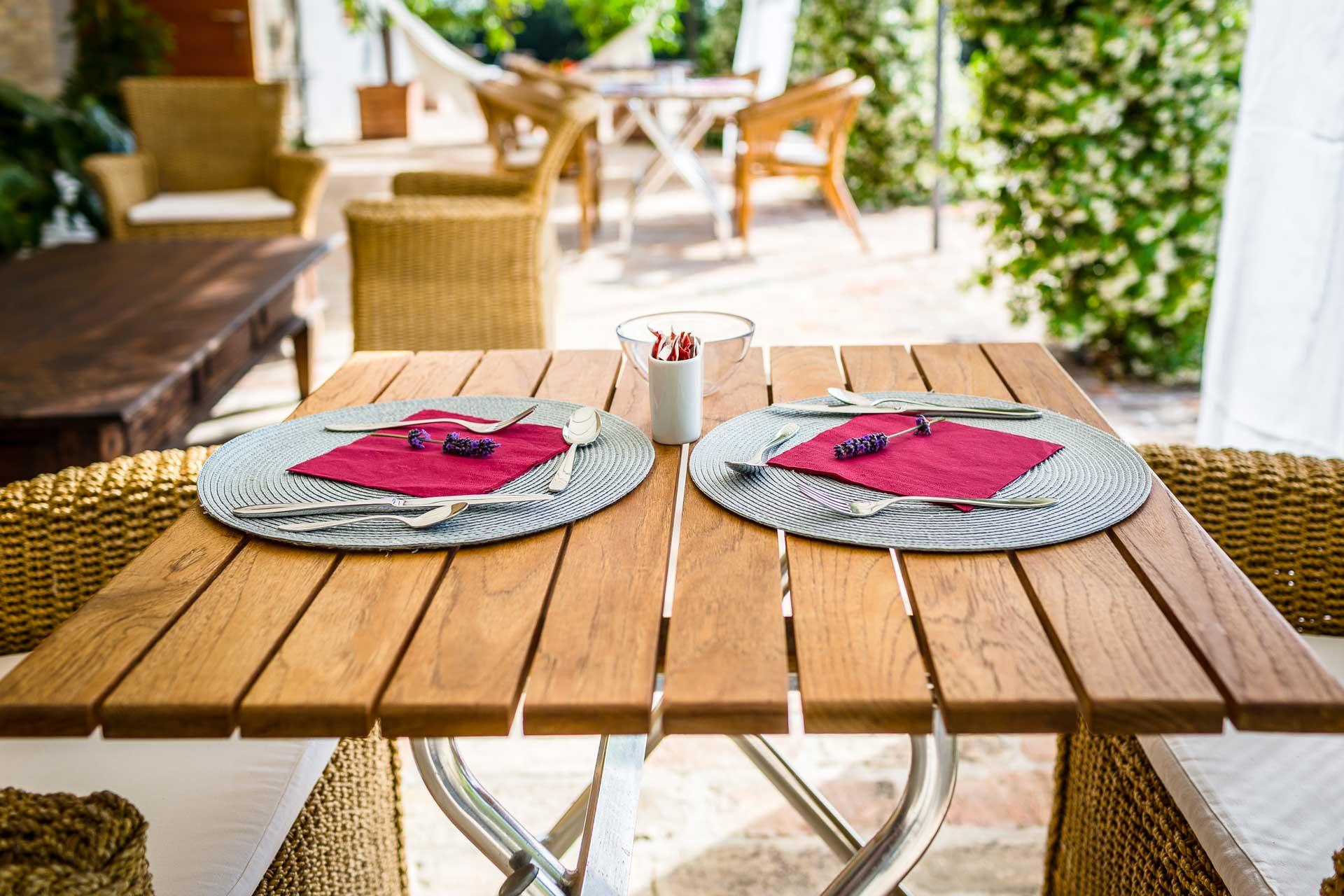 Tavolo colazione in veranda
